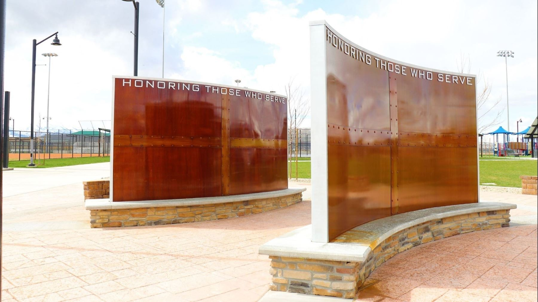 Veterans Monument Photo
