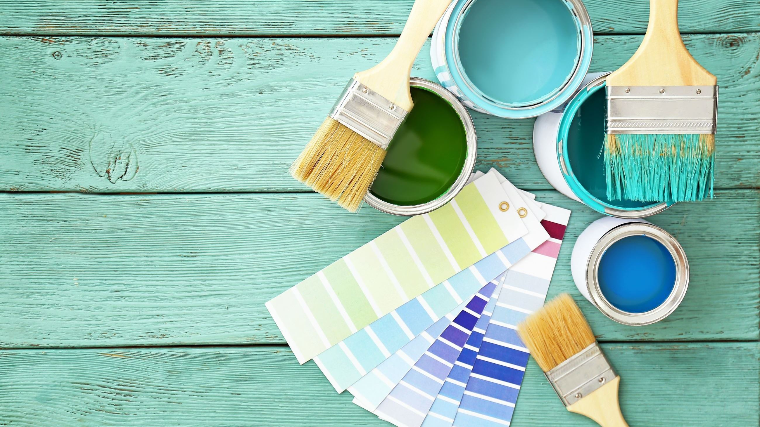 painting supplies AdobeStock_276472473